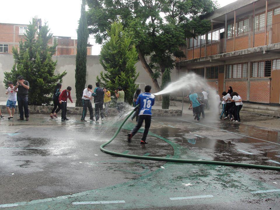 image Puebla alguien la conoce se ve q es bien puta