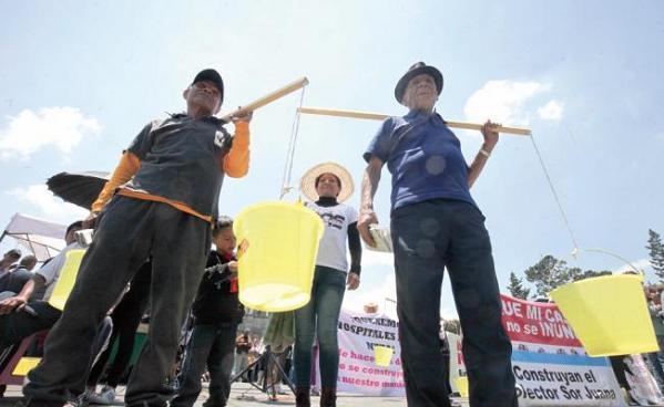Abastecer de agua a México, la batalla del futuro (El País)