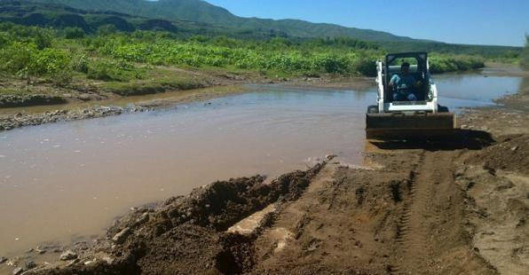 Promesas incumplidas y pozos envenenados: así vive la gente cerca del contaminado Río Sonora