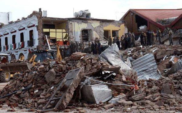 Restablecen servicio de agua en Juchitán tras sismo