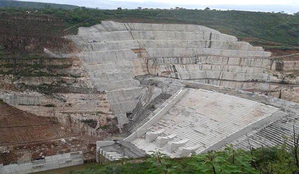 """Jalisco: El Zapotillo """"cuesta 19 millones"""" al mes (Milenio)"""
