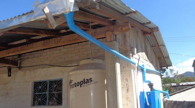 Oaxaca: En la Mixteca potabilizan el agua de lluvia para uso humano (El Imparcial)