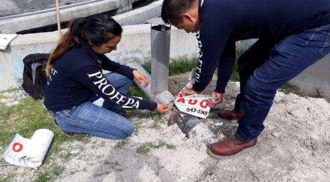 Profepa clausura maquiladora en Hidalgo por contaminar río (La Jornada)