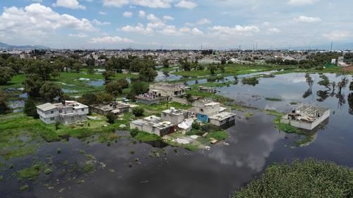 Desborde de Río Lerma afecta mil casas en San Mateo Atenco (La Jornada)