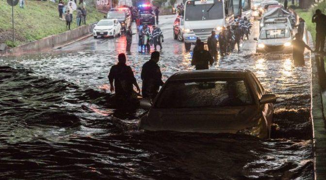 Morena propone sistema de recolección de agua de lluvia en CDMX (La Razón)