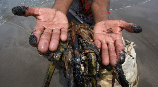 Pactos oscuros: los acuerdos de BP y el gobierno para tapar el peor derrame petrolero en el Golfo de México (Huffpost)