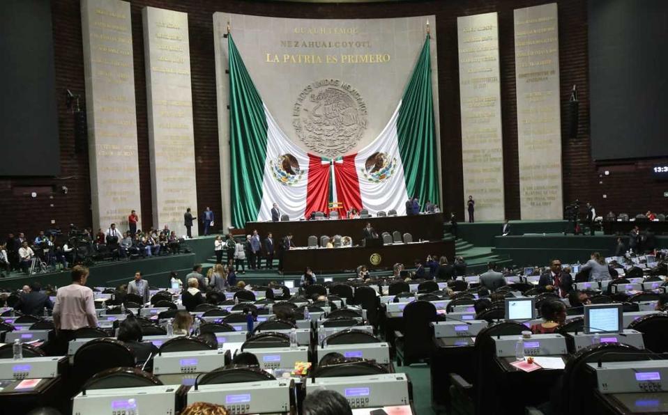 Diputados piden a Peña revisar concesiones de agua (Milenio)