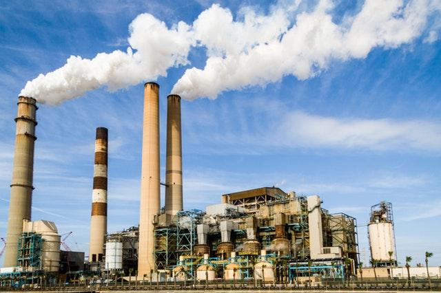 ¿Cuáles son los sectores industriales que más contaminan el planeta? (Perfil)