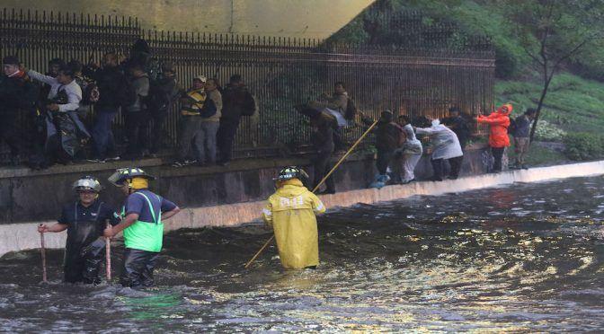 Inundación y sequía: la paradoja del agua en CDMX se agudiza por lucro y urbanización desmedida (Sin Embargo)