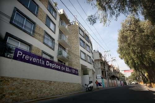 Creció el caos urbano por 83 obras inmobiliarias en Álvaro Obregón (La Jornada)