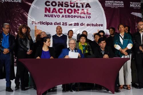 La consulta, en favor de Santa Lucía (La Jornada)