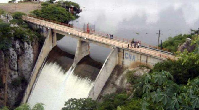 Llaman activistas a mantener la lucha contra construcción de presas (La Jornada Guerrero)