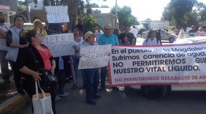 Vecinos bloquean la carretera federal México-Texcoco (Milenio)