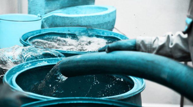 En primer día de corte de agua hubo mil 360 viajes de pipas (Milenio)