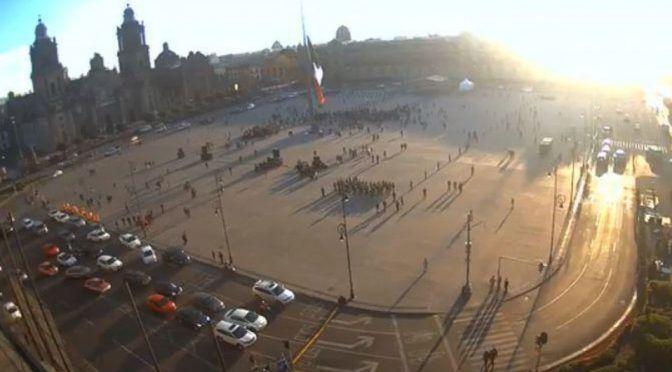 CdMx: Preparan plantón en el Zócalo contra pistas en Santa Lucía (Milenio)