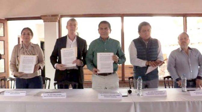 Renuevan convenio para saneamiento de la microcuenca del Río San Juan de Taxco (La Jornada)