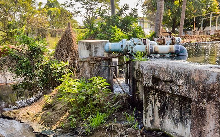 Desvían aguas negras hacia Marquesita (El Sol de Acapulco)