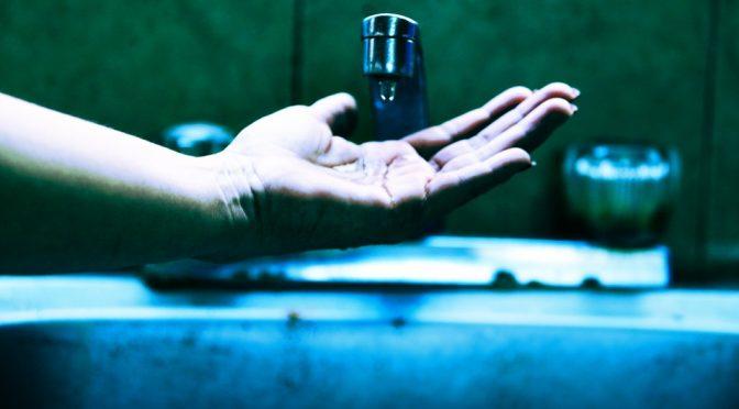 Restringirán agua a deudores en Ciudad de México (Milenio)