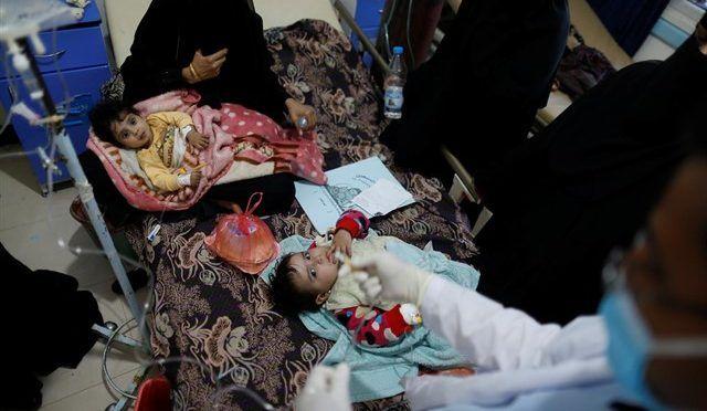 Comienza una campaña de potabilización de las reservas de agua en Saná, Yemen, para frenar el cólera (Europa Press)
