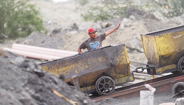 Piden inspeccionar mineras en Coahuila (Reforma)