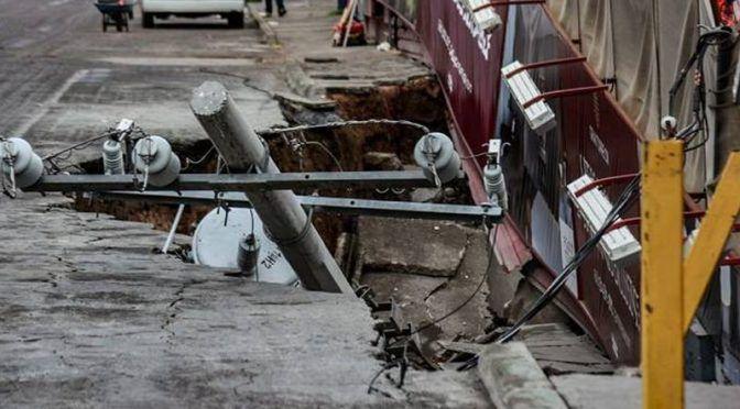 Colapsa megaobra en Mexicali por presunta fuga de agua (Uniradio Informa)