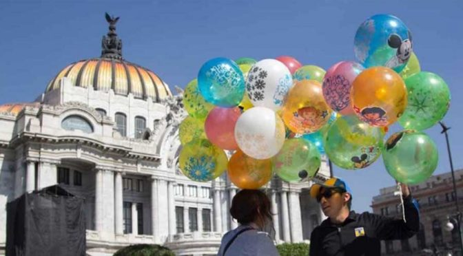 Niños, conscientes de daño ecológico por enviar cartas en globos (Quadrantin)