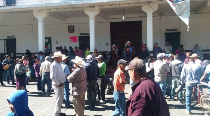 Escasez de agua en Nahuatzen; ciudadanos toman la casa comunal  (Michoacán 3.0)