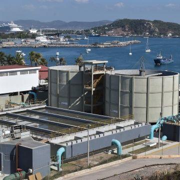 "Jumapam vende ""agua gris"" para construcción (Debate)"