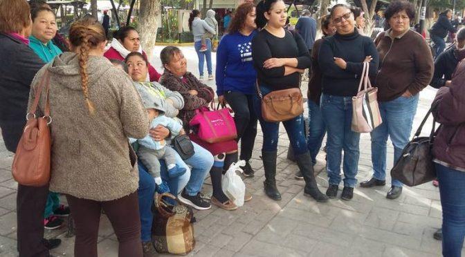 Habitantes de León Guzmán exigen pozo de agua potable (Noticias de El Sol de la Laguna)