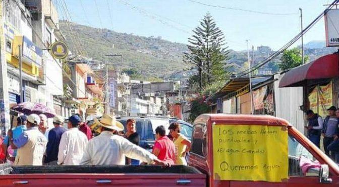 Guerrero: Bloquean para exigir agua (El Sol de Acapulco)