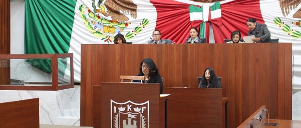 Propone Diputada Maribel León, que municipios creen comisiones de agua potable y alcantarillado (Linea de contraste)