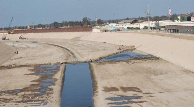 Cierran playa de Imperial Beach por descargas de aguas negras desde Tijuana (El Sol de Tijuana)