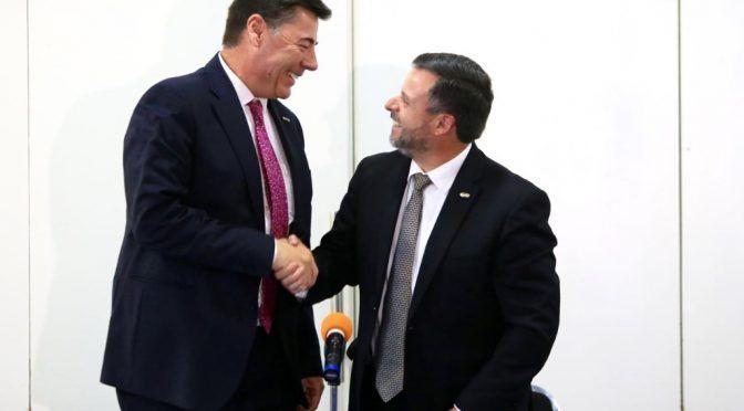 Presupuesto para CDMX abatirá rezago: CMIC-CDMX (La Jornada)