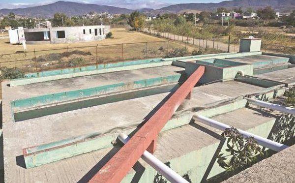En el olvido, 95 plantas para aguas residuales (Horacero)