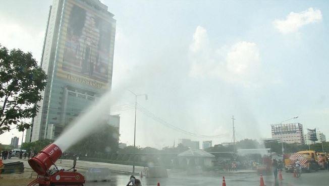 Lluvia artificial para combatir la contaminación en Bangkok (EcoPortal)