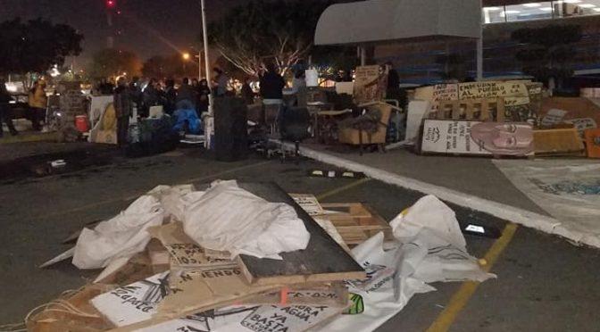 Kiko Vega ataca campamentos de Mexicali Resiste en defensa del agua (Regeneración)