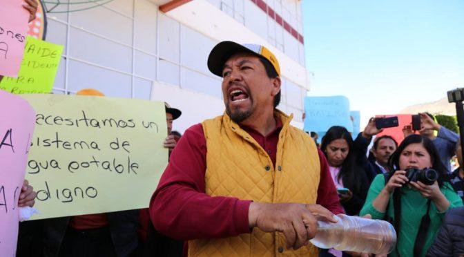 Exigen pobladores de Cuautepec destitución de alcaldesa (Milenio)