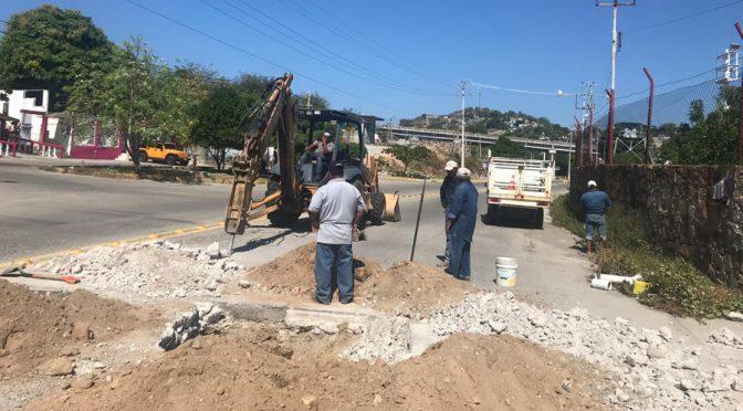 Tubería dañada deja sin agua a Salina Cruz, Oaxaca (El Imparcial)