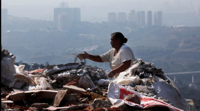 Semarnat busca transformar todos los basureros del país en plantas de composta (Noticieros Televisa)