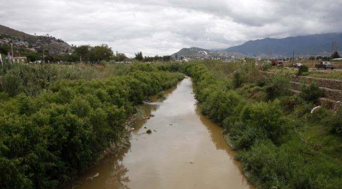 Desatiende gobierno la contaminación en ríos de Oaxaca (El Imparcial)