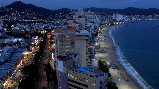 Acapulco se queda sin agua potable por adeudo con la CFE (Excélsior)