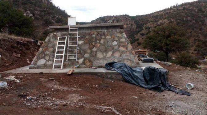 En la comunidad de Arroyo del Rancho ya cuenta con agua potable: Arturo Medina (El Sol de Parral)