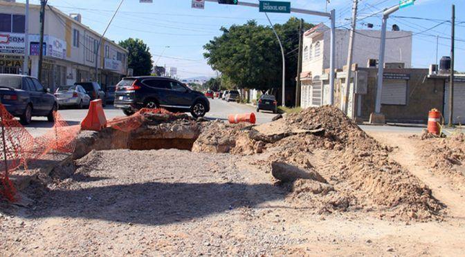 Pago a CFE colapsa a Simas Torreón (Milenio)