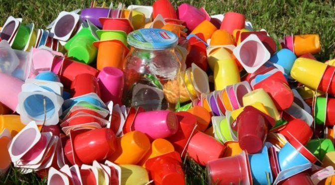 ¿Cómo reducir el exceso de plástico? (Ambentium)