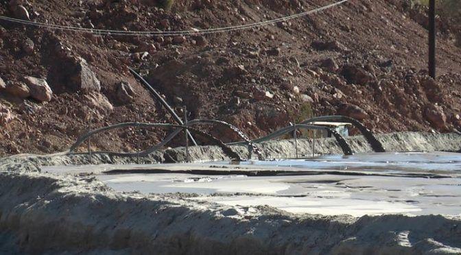 Se enfrentan por una presa de jales (El Siglo de Durango)