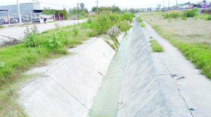 Sin reparación, canal de drenaje (El Mañana)
