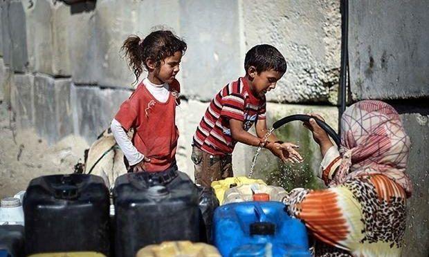 El uso del agua potable como arma de guerra hará que Gaza sea inhabitable en 2020 (Lasexta)