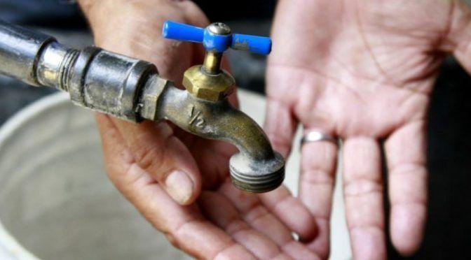 Monterrey: Cortarán servicio de agua en el Centro (El Norte)