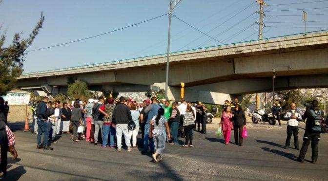 CdMx: Por falta de agua bloquean en ambos sentidos Río de los Remedios (Eje Central)