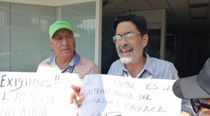 Oaxaca de Juárez: Ambientalistas exigen a Conagua saneamiento del Río Atoyac (Río Oaxaca)
